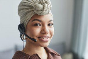 A female call agent.